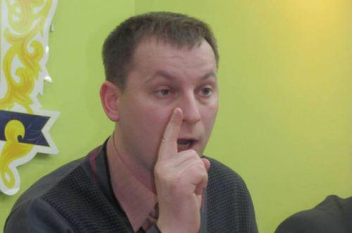 Губернатор Тернопільської області Степан Барна дав хабар тимошенківцям у міськраді
