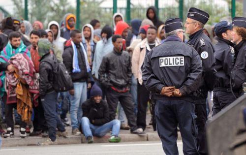 Парламент Угорщини дозволив використовувати армію у вирішенні проблем міграційної кризи