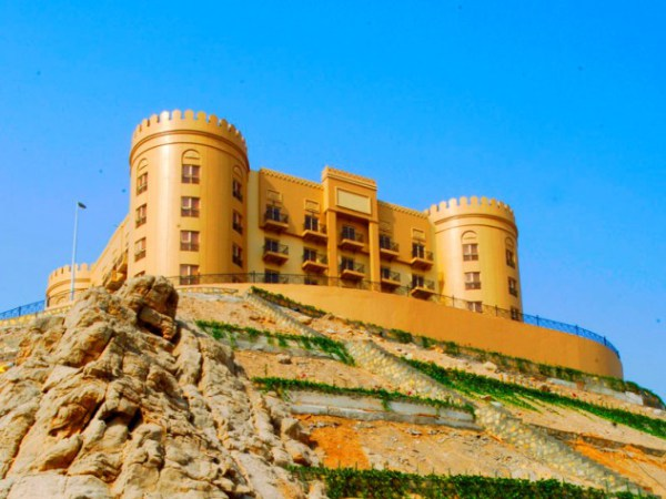 Тур в Объединённые Арабские Эмираты, Golden Tulip Khatt Springs Resort 4* от 1124$