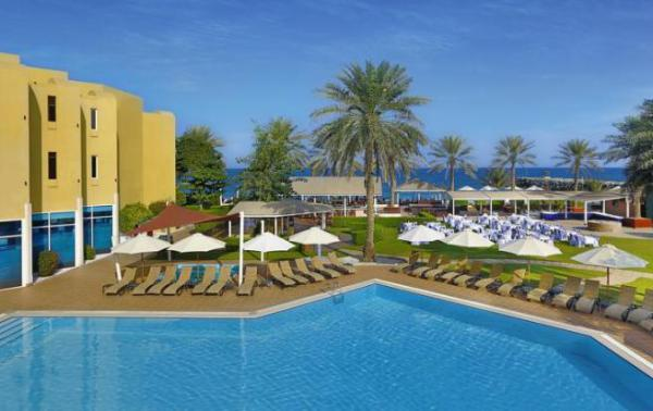 Тур в Объединённые Арабские Эмираты, отель Hilton Fujairah Resort 5* от 1506$