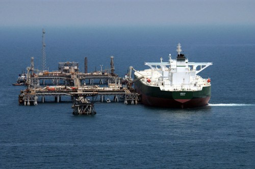 У світі виявилося дуже багато зайвої нафти, тому ціни продовжать падати
