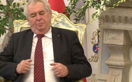 Чехія долучиться до зони Євро після того, як її покине Греція
