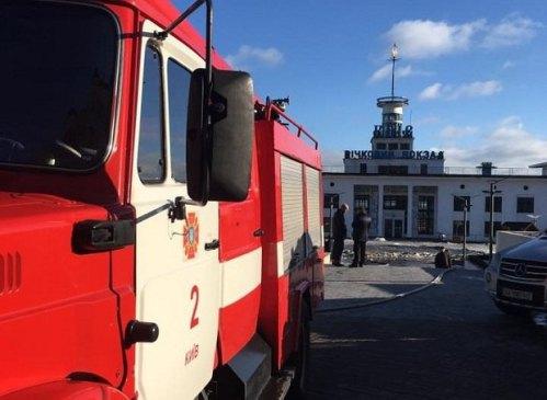 Пожежа на Київському річковому вокзалі може бути ініціативою нових власників