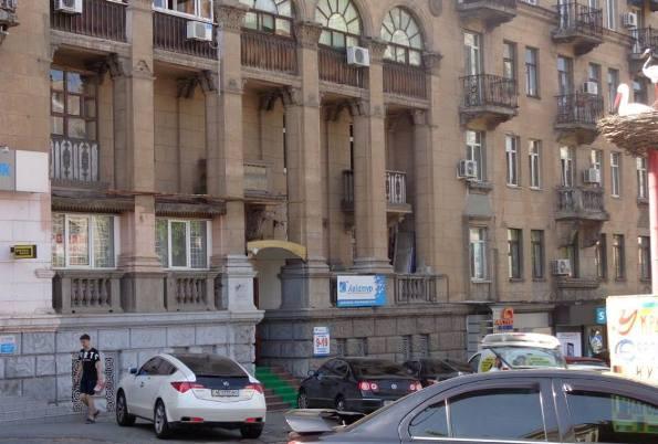 Продам помещение на проспекта Карла Маркса в Днепре